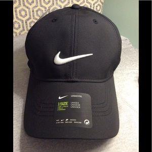NWT👏Nike Legacy 91 UNISEX Golf Hat-Black